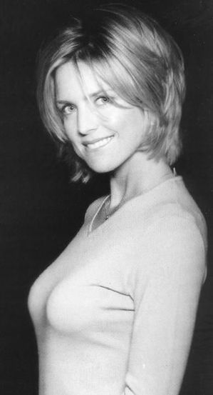 Courtney-Thorne-Smith.jpg