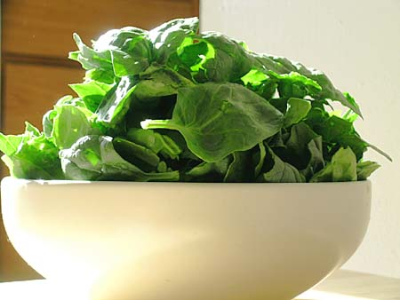 spinach-iron-food.jpg