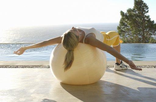 swiss-ball-workout.jpg
