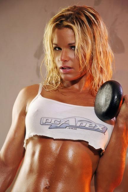 woman-muscle -mass.jpg